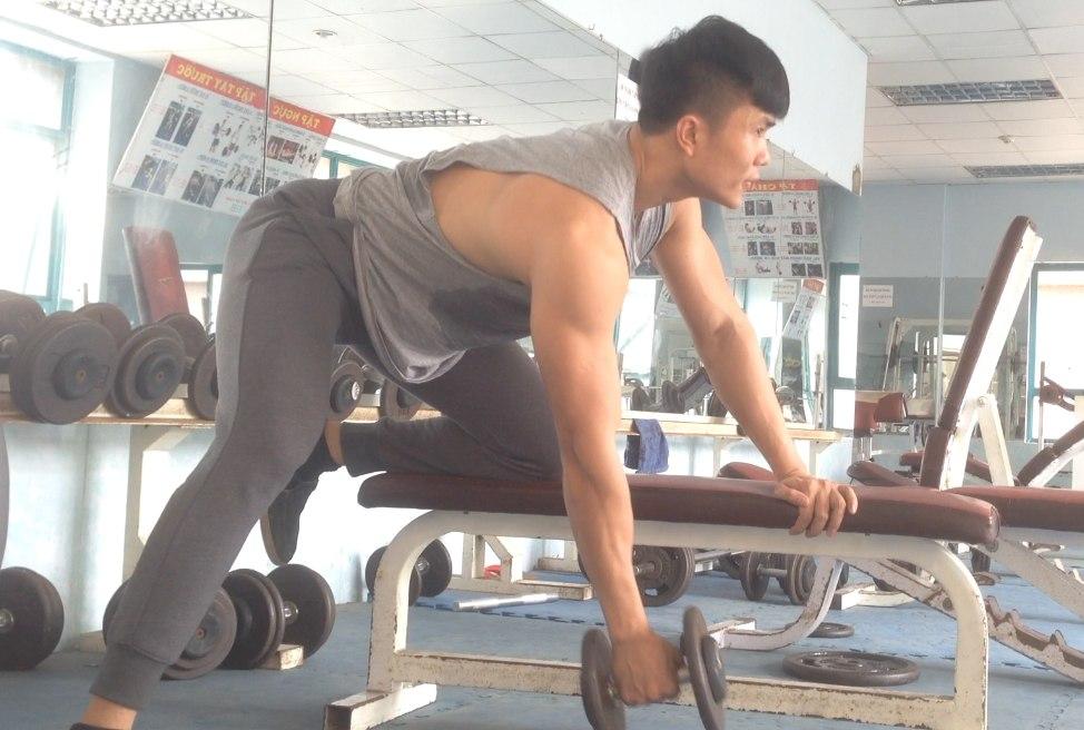 gymhealth one arm dumbbel rows giúp xô dài rộng, lưng khỏe sau tự nhiên cho nam gầy tập gym tăng cân, tăng cơ
